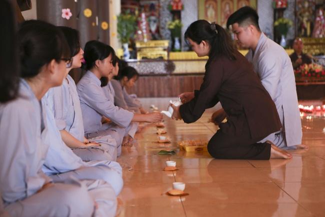 khóa tu thiền trà về để lắng nghe tại chùa hòa phúc 11