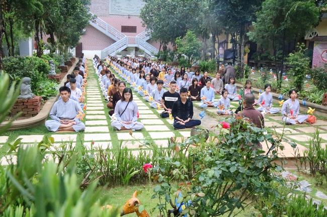 khóa tu thiền trà về để lắng nghe tại chùa hòa phúc 1