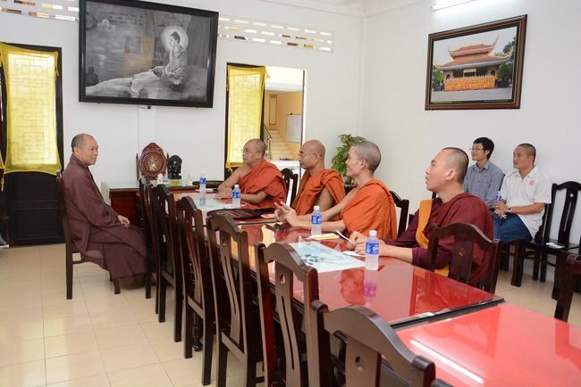 ngài tam tạng pháp sư thứ 7 viếng thăm chùa hoằng pháp. ảnh 2