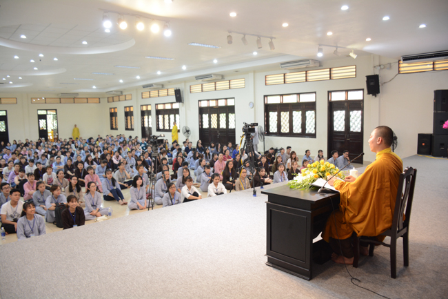 Ngày Tu Sinh Viên Hướng Về Phật Pháp