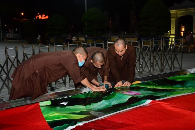 Công tác chuẩn bị trang trí Phật đản 2020 (Phần 1)